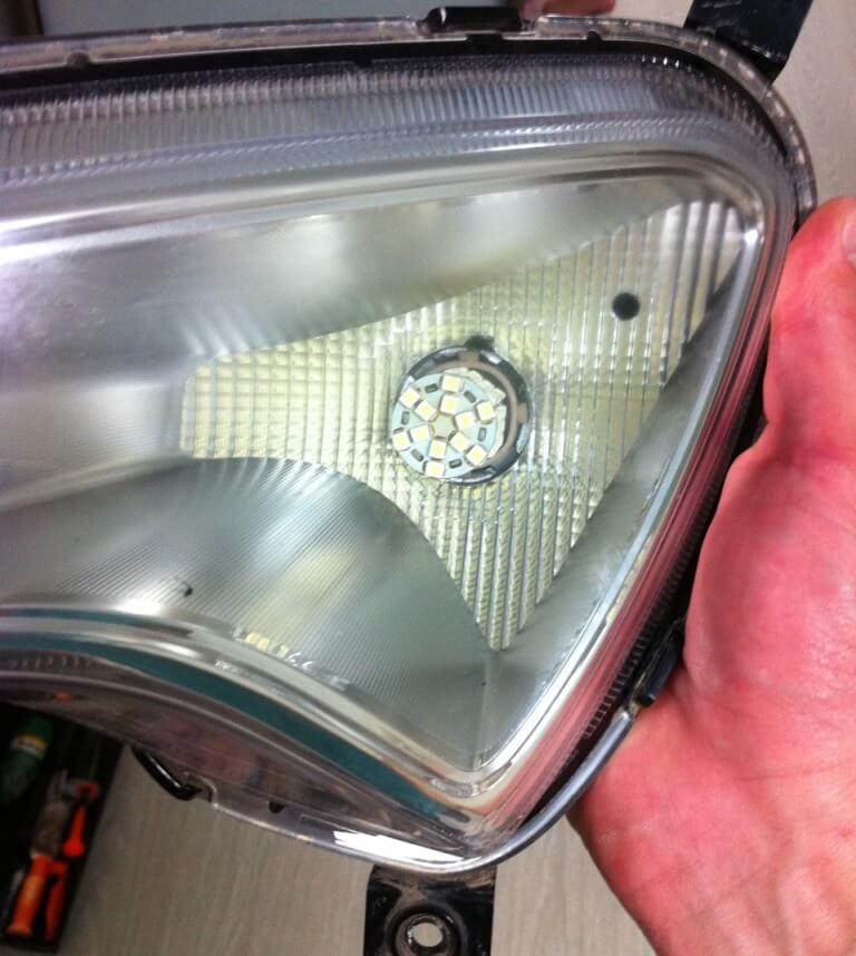 Светодиодные лампы в ДХО Hyundai Solaris