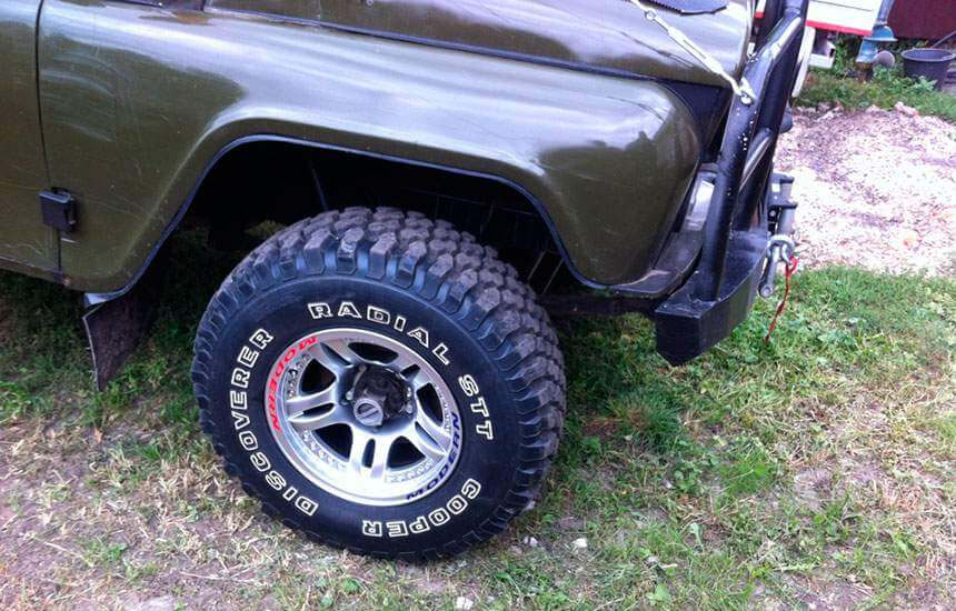 "УАЗ 469 ""Бобик"" с литыми дисками"
