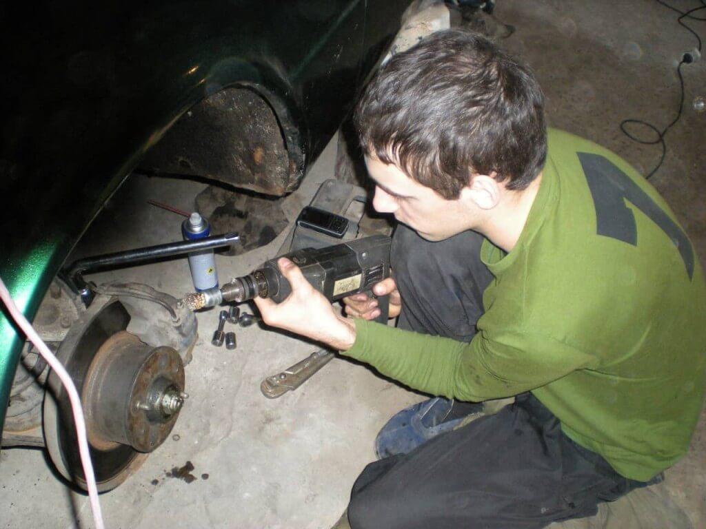 Чистка и полировка поверхности суппортов