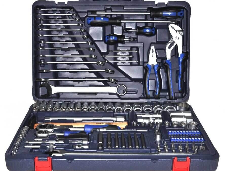 Наборы инструмента для ремонта авто