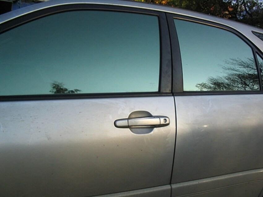 Что говорится в ГОСТе о зеркальной тонировке авто