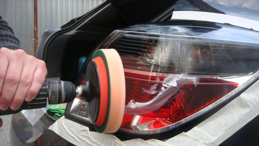 Как отполировать фары на авто своими руками