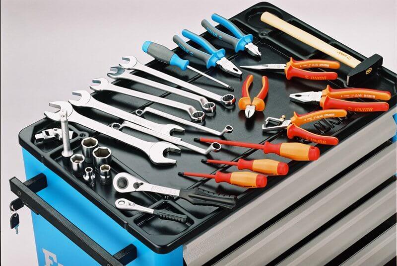 Какие инструменты могут понадобиться для ремонта