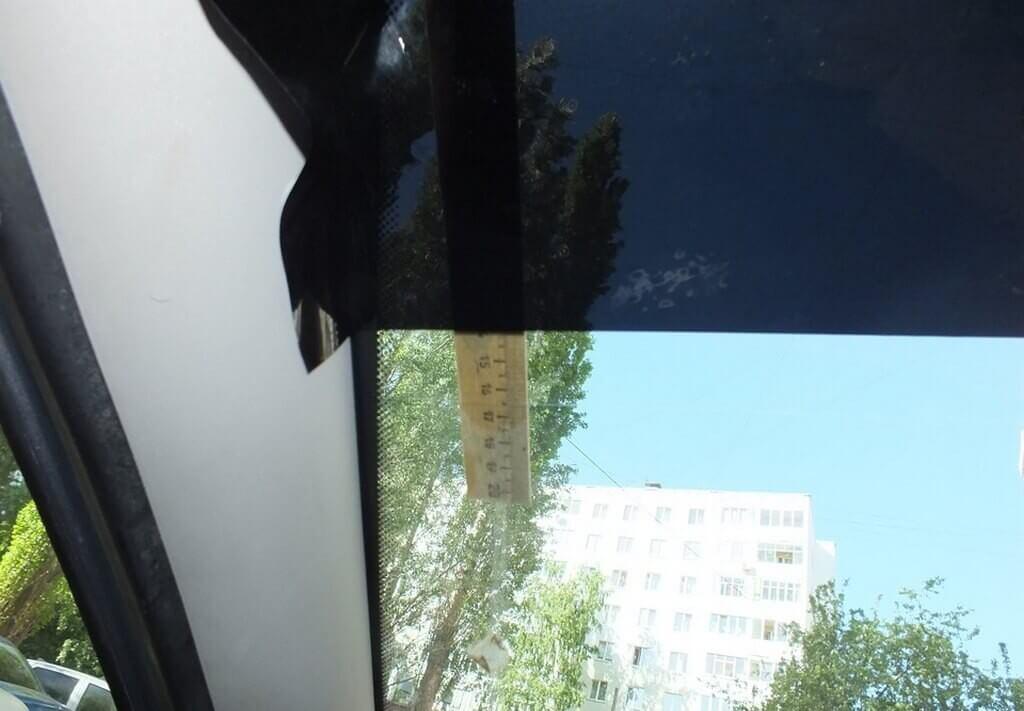 Тонровочная полоса на лобовое стекло