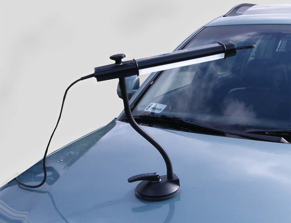 Переносная лампа, позволяющая пользоваться системами для устранения вмятин без лака.