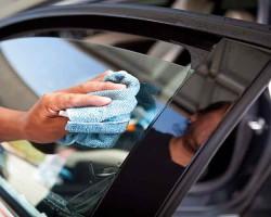 Как снять тонировочную пленку со стекла автомобиля самостоятельно