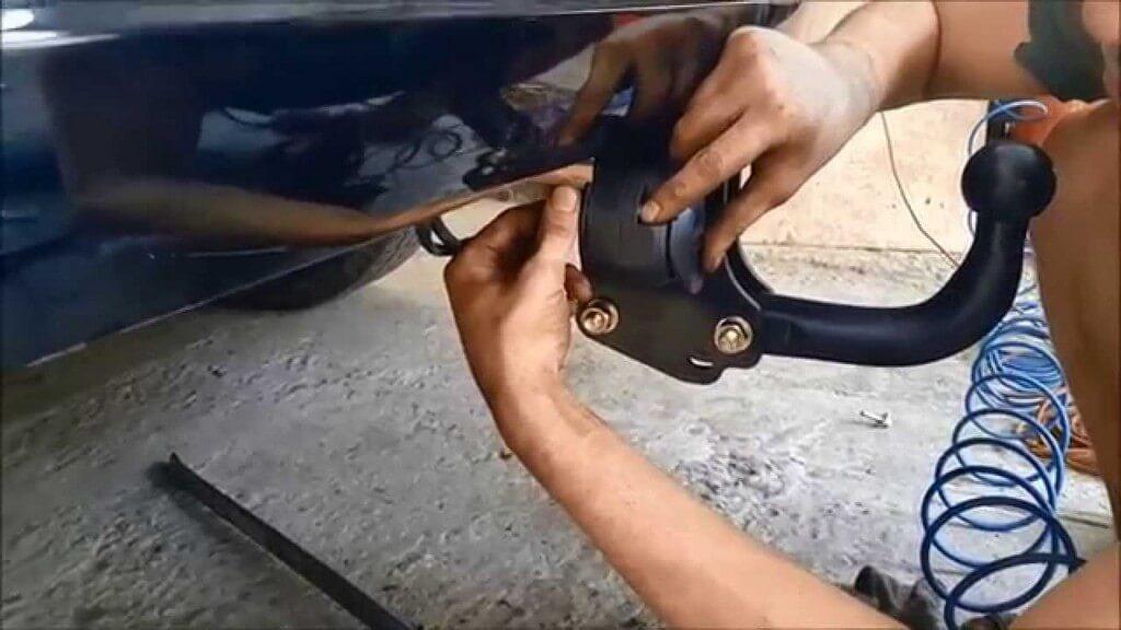 Установка фаркопа на авто