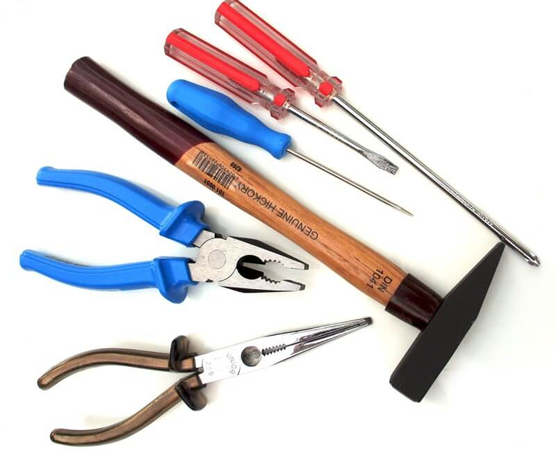 Инструменты, применяемые при ремонте автомобиля