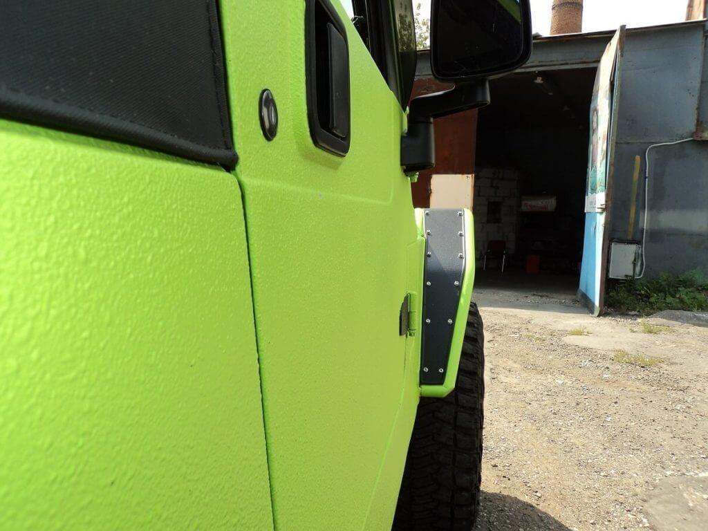 Защита автомобиля краской U-POL Raptor