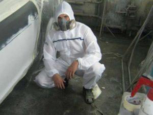 Защитная маска и костюм