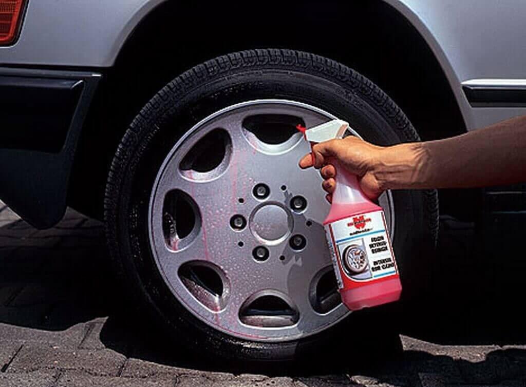 Очиститель колесных дисков