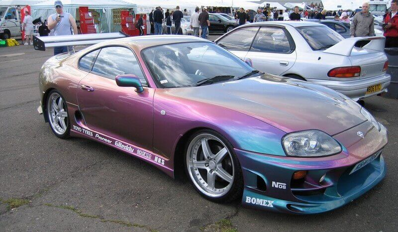 Покраска машины в перламутровый цвет