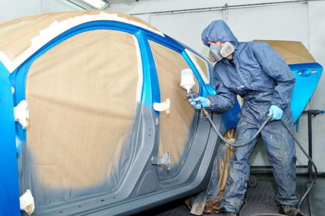 Чтобы правильно самому покрасить автомобиль, начинайте процесс с крыши автомобиля