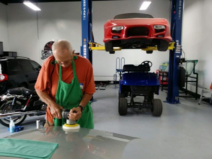 Мягкая полировка автомобиля.