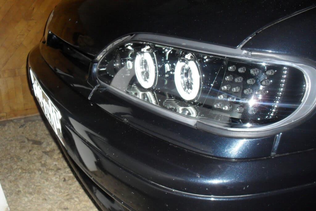 Но вместо ДХО (не только если они не установлены в автомобиле, но и по желанию водителя) можно использовать ближний свет фар