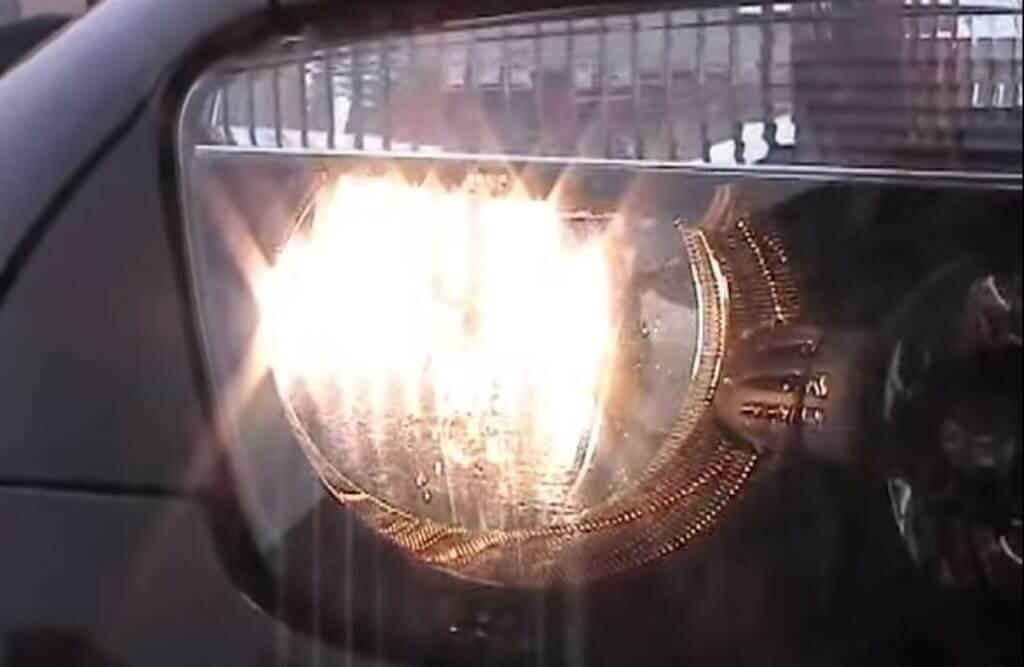 Остановка произойдет и в том случае, если ближний свет был включен в зоне видимости автомобиля сотрудниками ГИБДД