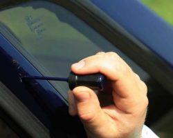Как заделать сколы на машине своими руками