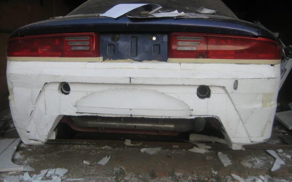 Возможно также изготовление стекловолоконного бампера на матрице, уже установленной на автомобиль