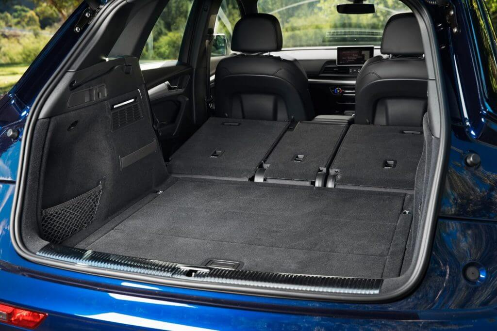 Багажное отделение Audi Q5 2.0T quattro North America '2017