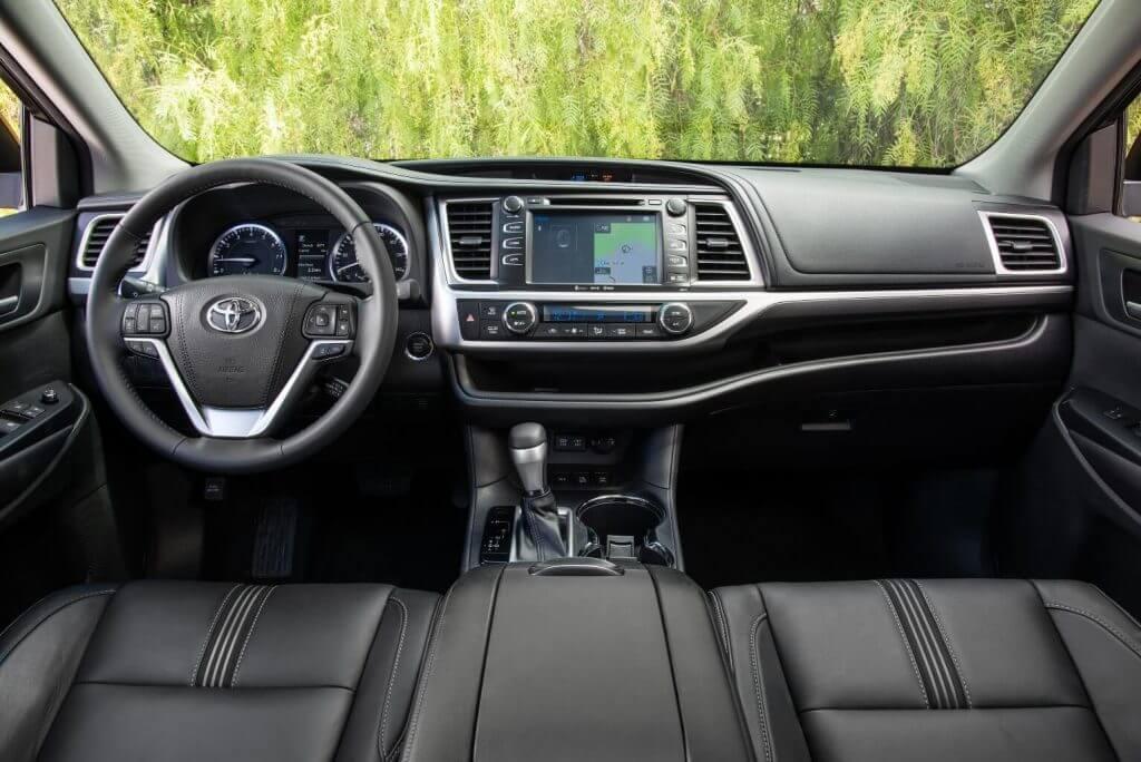Front panel 2017 Toyota Highlander