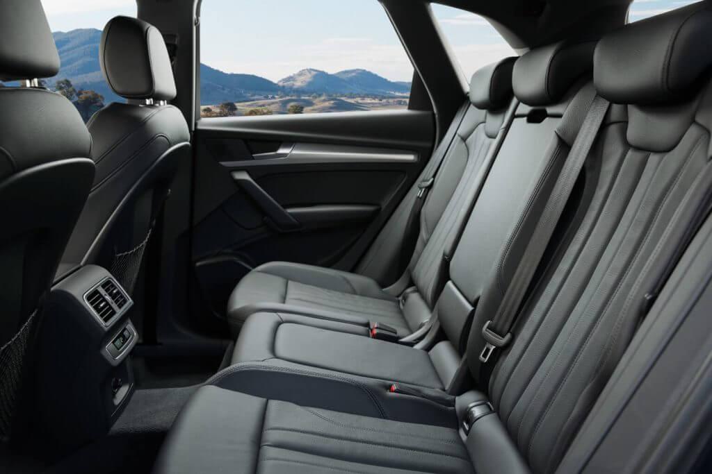Interior 2018 Audi Q5 2.0T quattro North America '2017