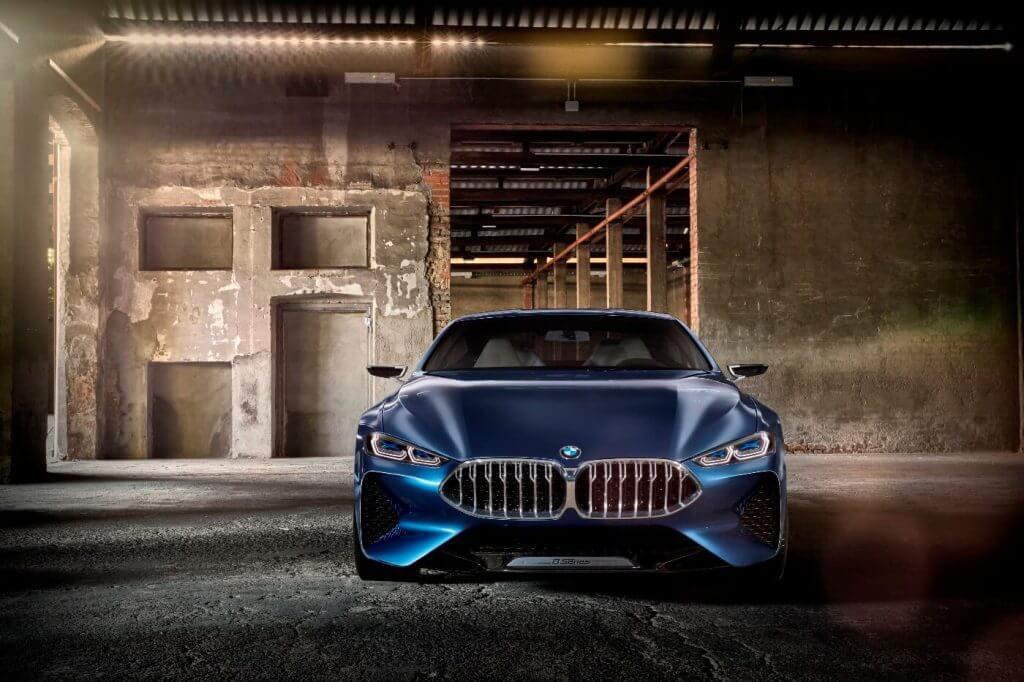 По предварительной информации, немецкий производитель готовит 3 модели новой генерации 8-серии
