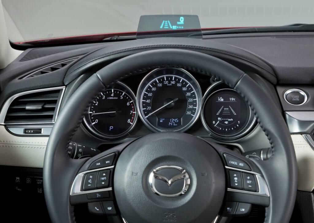Dashboard Mazda 6 Sedan 2017