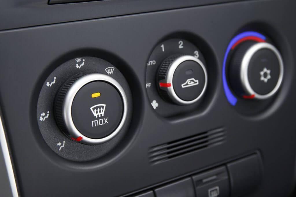 Пульт управления системы вентиляции и отопления автомобиля